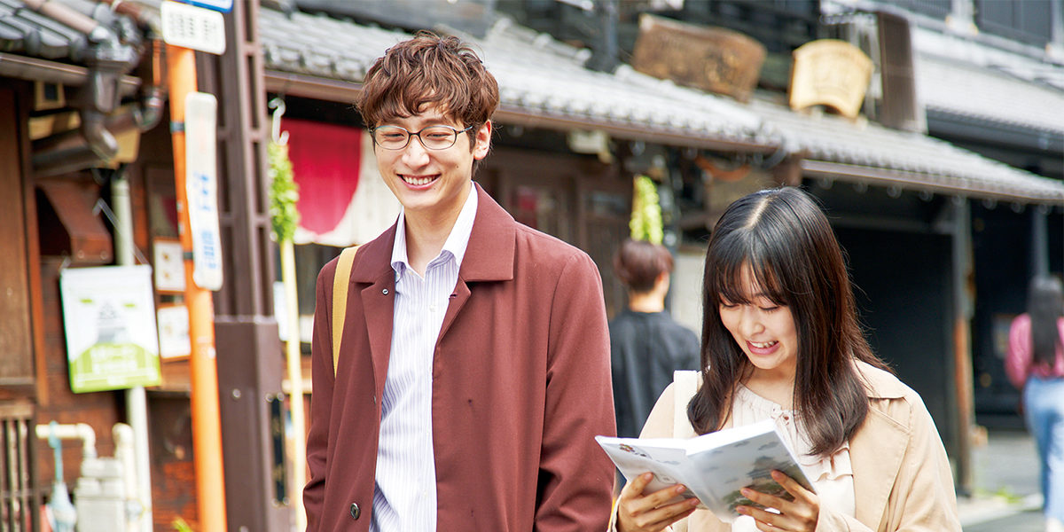"©2021 ""Liar x Liar"" Film Partners  ©based on the manga ""Liar x Liar"" by Renjuro Kindaichi originally serialized in the monthly dessert magazine published by KODANSHA LTD."